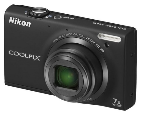 Nikon CoolPix S6100 with 7x Optical Zoom black