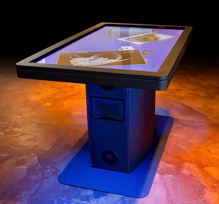 Ideum MT55 HD Multitouch Table
