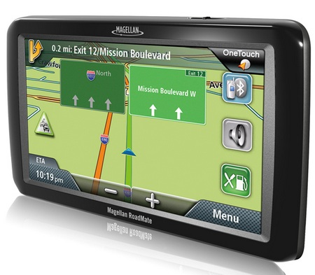 Magellan RoadMate 9055-LM GPS Navigation Device for Large Vehicles