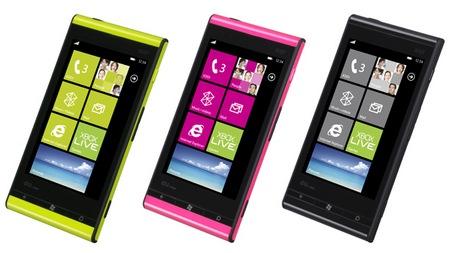 KDDI au IS12T Windows Phone by Fujitsu Toshiba runs Mango