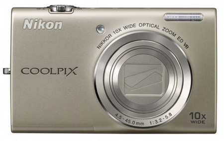 Nikon CoolPix S6200 Compact 10x Zoom Camera silver