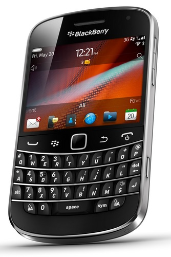 RIM BlackBerry Bold 9900 and 9930 Smartphones with Touchscreen and NFC 2