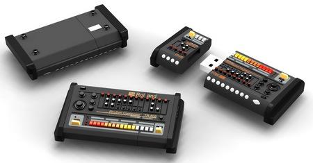 Roland TR-808 Drum Machine USB Flash Drive