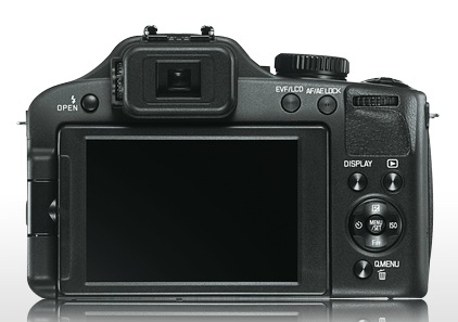 Leica V-LUX 3 is a rebranded Panasonic Lumix FZ150 back