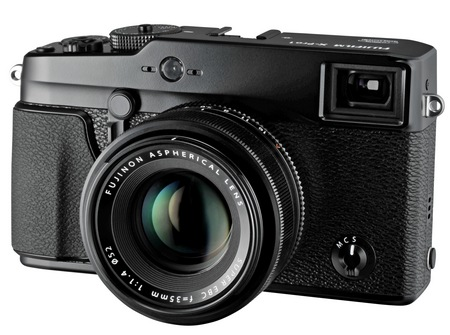 FujiFilm X-Pro 1 Interchangeable Lens Digital Camera 1
