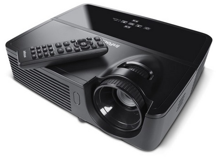 InFocus IN122 and IN124 DLP Projectors