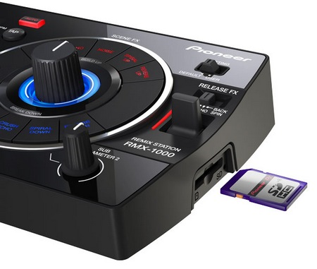 Pioneer RMX-1000 Remix Station SD card slot