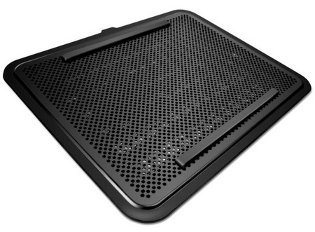NZXT Cyro E40 Notebook Cooler 1