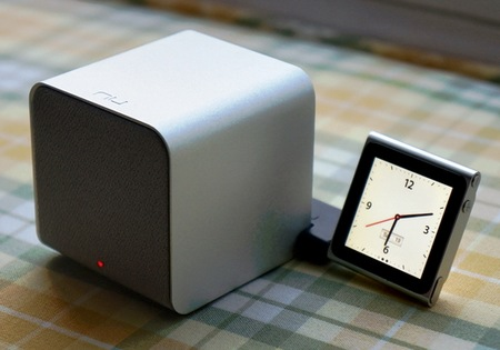 NuForce Cube combines Portable Speaker, Headphones Amplifier and USB DAC with ipod nano adapter 1