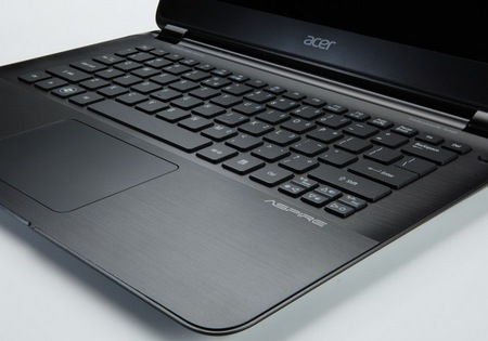 Acer Aspire S5 World's Thinnest Ultrabook keyboard
