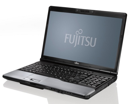 Fujitsu Lifebook E752 Desktop Replacement Notebook with Ivy Bridge 1