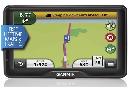 Garmin dezl 760LMT Truck Navigator with 7-inch Touchscreen front