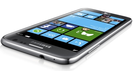 Samsung ATIV S - the First Windows Phone 8 Smartphone