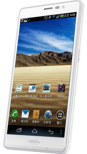 Pantech Vega R3 5.3-inch Android Phablet with SnapDragon S4 Pro angle