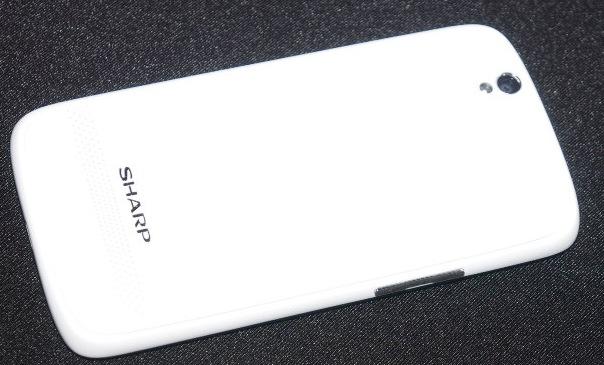 Sharp AQUOS Phone SH930W 5-inch 1080p Smartphone back