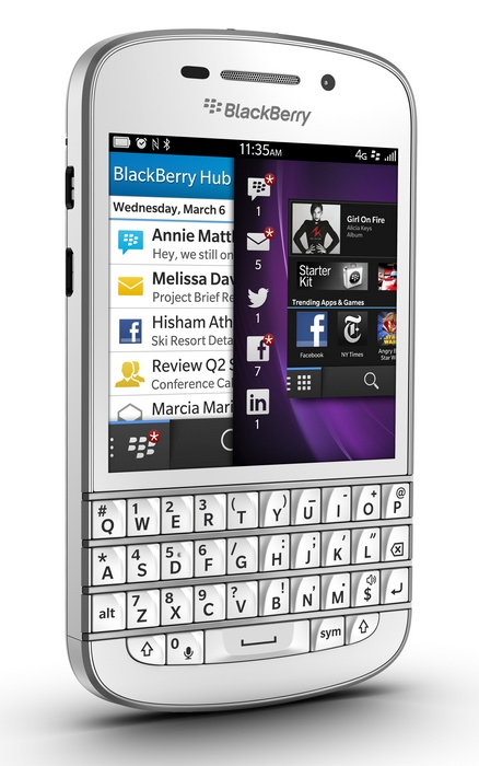 BlackBerry Q10 gets QWERTY Keyboard and 3.1-inch Super AMOLED white angle