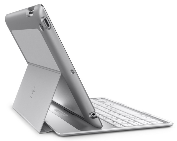 Belkin Ultimate Keyboard Case for iPad silver back