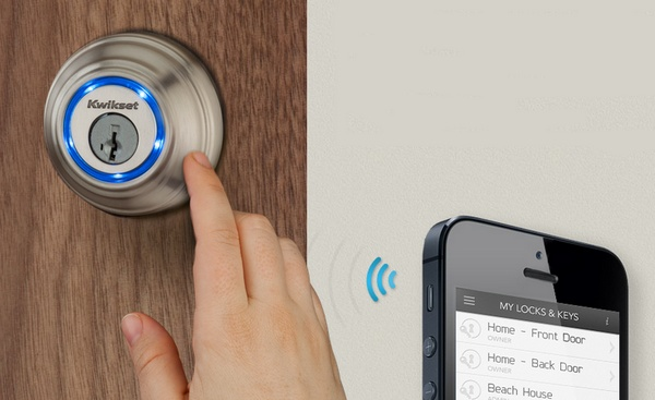 Kwikset Kevo Door Lock uses Smartphone as Key