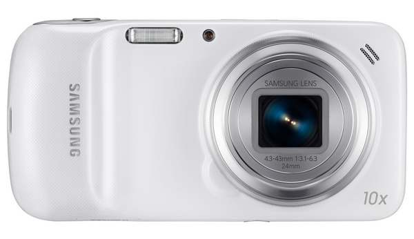 Samsung Galaxy S4 Zoom packs a 10x Optical Zoom Lens back
