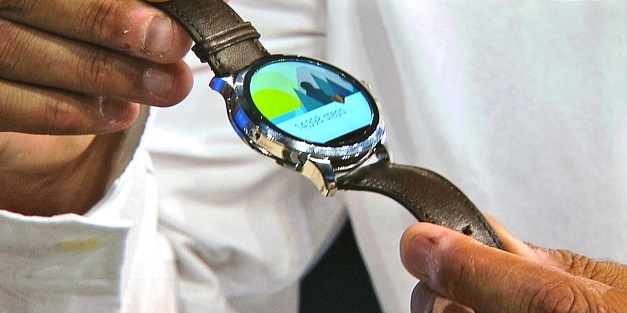 Fossil Unveil its own Android Wear Smartwatch
