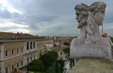 Palazzo Falconieri in Via Giulia a Roma  iterArte Roma