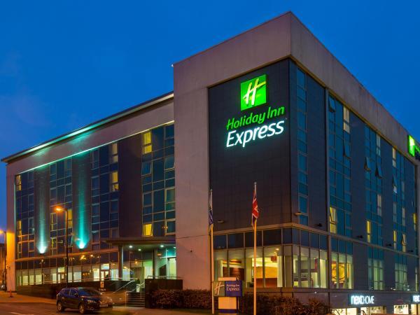 Hotel & Travel Information
