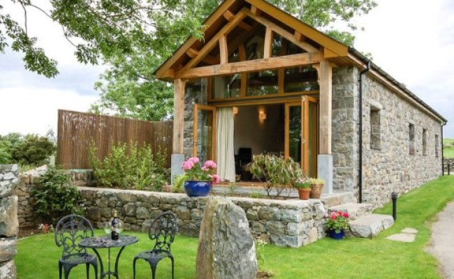 Book A Vacation In This Wales Barn Converted Into An