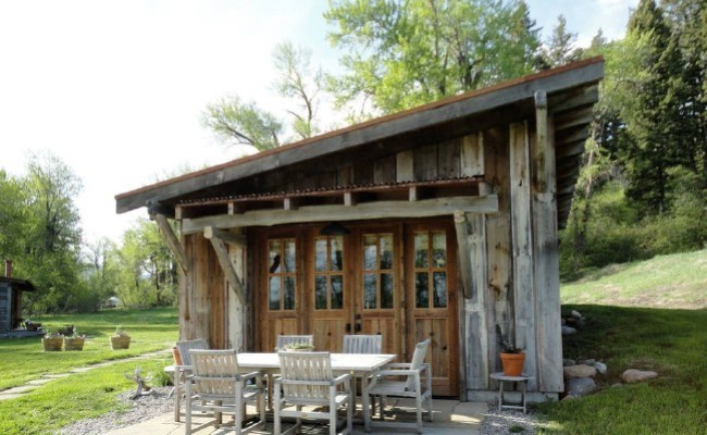 From Carriage House To Tiny House This Rental Was Voted