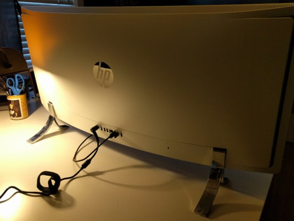 HP_ENVY_Curved_All-In-One_Desktop_34-a150_Back_View