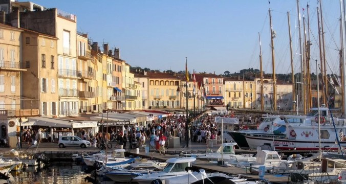 Saint Tropez Port / seaside villages