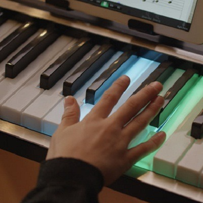 The Learn-To-Play Illuminated Keyboard 1