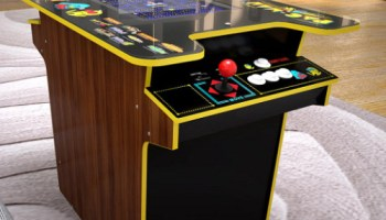 Pac-Man-Cocktail-Arcade-Table