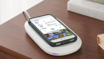 Wireless-Charging-Instant-Photo-Archiver