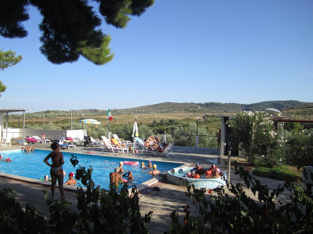 Residence San Luca Residence con piscina per famiglie sul Gargano  Its4kids
