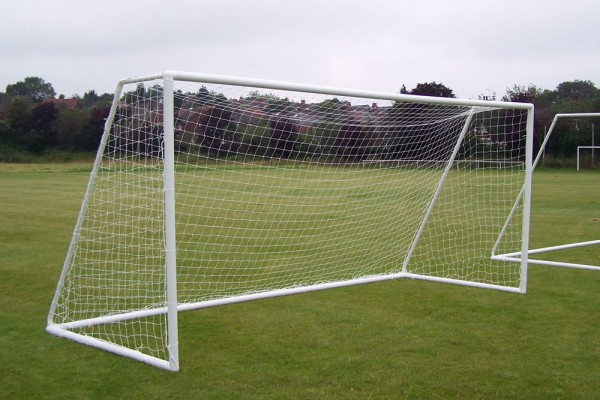 9v9 Goalposts uPVC  - with fast fit two section crossbar