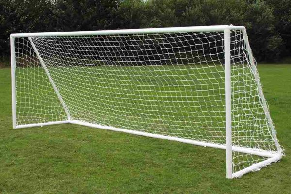 Aluminium Goalposts, a freestanding 16x7 goal