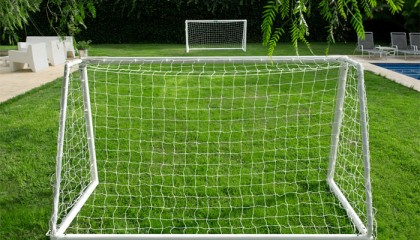 Garden Goal uPVC Multi surface 8'X6′ – two section crossbar – fits in a 1.5m bag