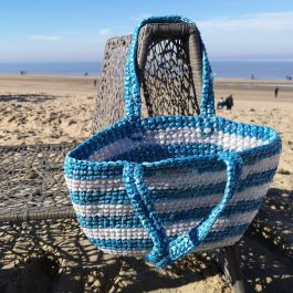 Strandtas blauw plastic recycled eco fairtrade 1121344652103