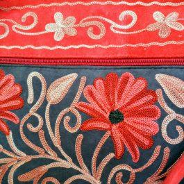 details rode schoudertas