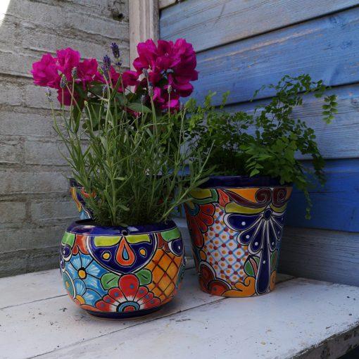kleurrijke fairtrade plantenpotten