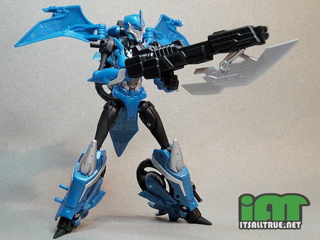 Vault Review: Transformers Prime Arcee (Robots in Disguise