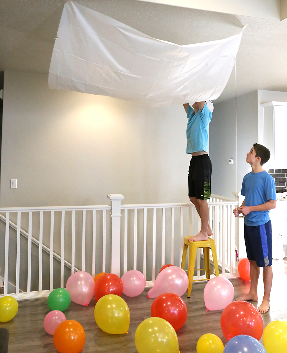Diy New Years Balloon Drop: New Year's Eve Countdown At Home With The Kids