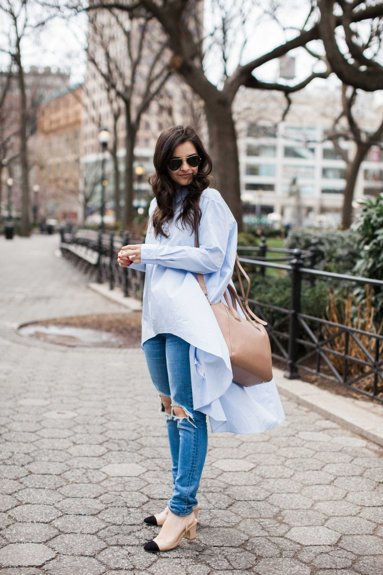 The 7 Pairs Of Ripped Jeans For Women You Need by fashion blogger Dana from Pink Champagne problems