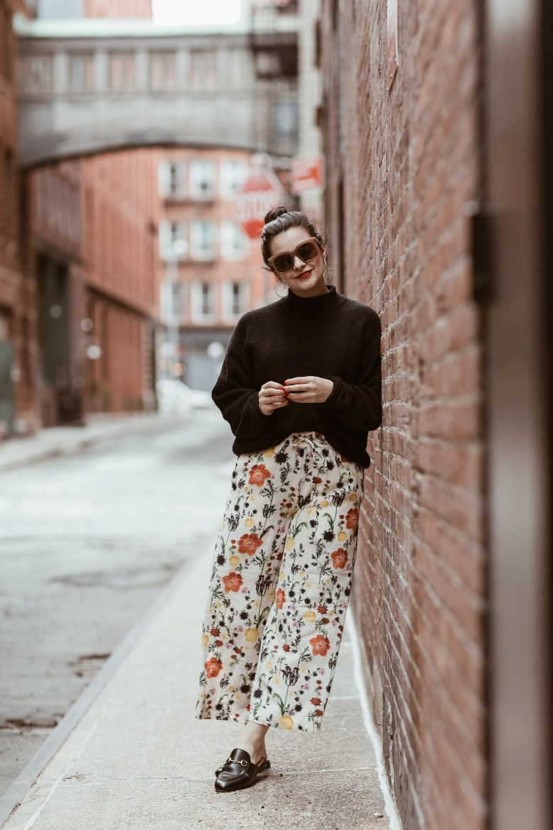 The Blogging Community And Supporting Other Bloggers by popular New York blogger The Champagne Edit