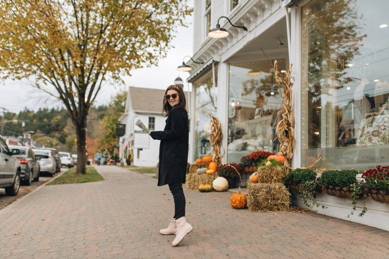 How To Style Sperry Boots For Fall Weather