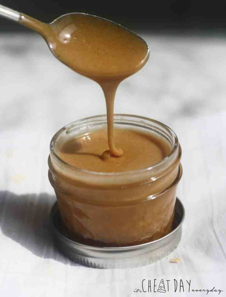 Simple low calorie peanut butter maple syrup recipe - It's Cheat Day Everyday