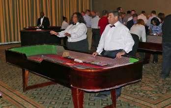 2016-monday-casino-02
