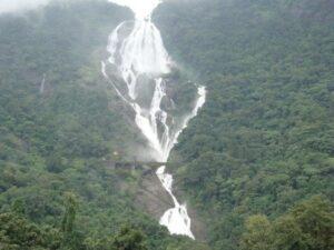 dudhsagar_waterfalls-min
