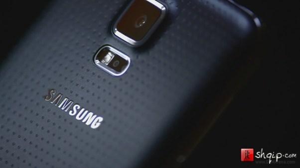 Samsung lëshon reklamat për Galaxy S5 dhe Gear 2