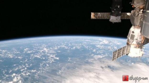 Laserët sjellin shpejtësi të madhe të internetit në Hënë